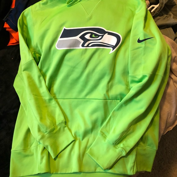 low priced fa857 f153c Men's Seattle Seahawks Hoodie